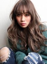 美髪ウェーブロング&ミルクティーベージュ(髪型ロング)