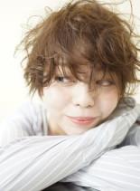 Mixカーリーのショートマッシュ (髪型ショートヘア)