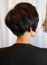 グラデーションボブ(髪型ショートヘア)