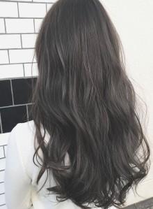 暗髪ブルージュカラー☆透明感アッシュ(ビューティーナビ)