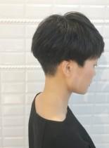 黒髪を活かしたクラッシックショート(髪型ベリーショート)