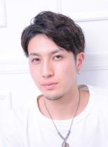 大人のツーブロックマッシュパーマヘア(髪型メンズ)
