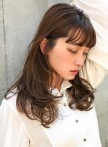 レイヤー&モノトーンベージュ(髪型ロング)