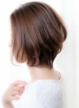ひし形フォルムの小顔見せくびれショート(髪型ボブ)