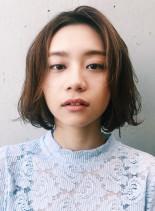 毛先カールのゆらぐボブ(髪型ボブ)