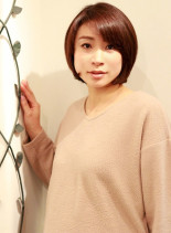 30代40代女性に似合うツヤボブ(髪型ボブ)