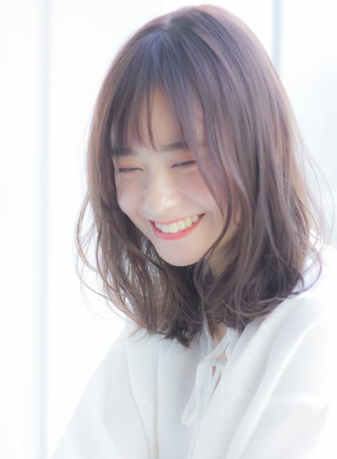 大人女子のほつれパーマミディアム(髪型ミディアム)(ビューティーナビ)