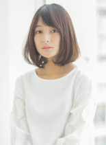 大人可愛いスタイリング簡単ワンカールボブ(髪型ミディアム)