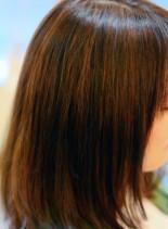 さり気ないアクセント3×2カラー(髪型ミディアム)