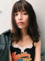 シエナレイヤーミディ(髪型ミディアム)