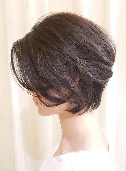 後頭部に丸みが出せる大人ショートボブ(髪型ショートヘア)