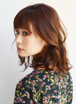 外国人風ナチュラルロブ(髪型ミディアム)