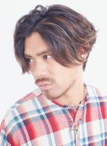 大人のミディアムヘア×ハイライト(髪型メンズ)