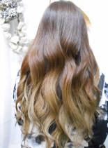 グラデーションカラー×9トーングレイ(髪型ロング)