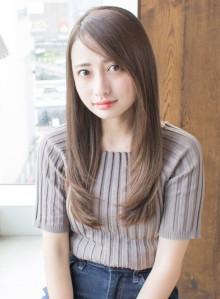 安室奈美恵さん風フェザーロングストレート(ビューティーナビ)