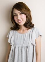 ふんわりピュアカールミディ(髪型ミディアム)