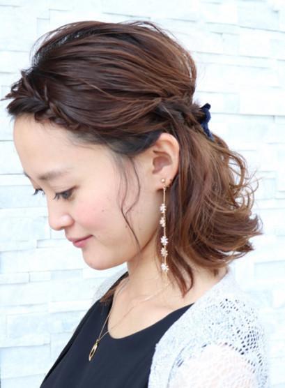 ねじりハーフアップ(髪型ボブ)