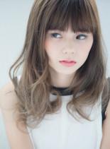 外国人風フェードカラー(髪型セミロング)