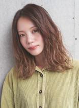 外国人風ハイライトグラデーション(髪型ミディアム)