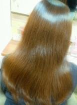 髪がキレイに見えるツヤカラー(髪型ロング)