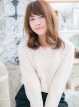 ベージュカラーxふわミディ(髪型ミディアム)