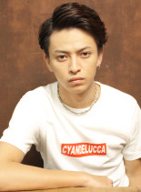 七三ナチュラルパーマ(髪型メンズ)