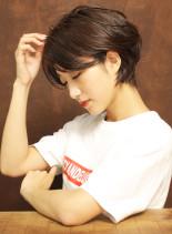 大人のシンプルマニッシュショート(髪型ショートヘア)