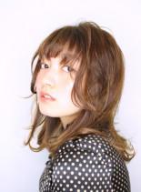 大人のミディレイヤー(髪型ミディアム)