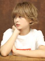 エアリーカールボブ(髪型ショートヘア)