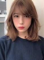 ひし形シルエット パーマヘア(髪型ミディアム)
