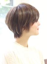 大人女性のショートスタイル(髪型ショートヘア)