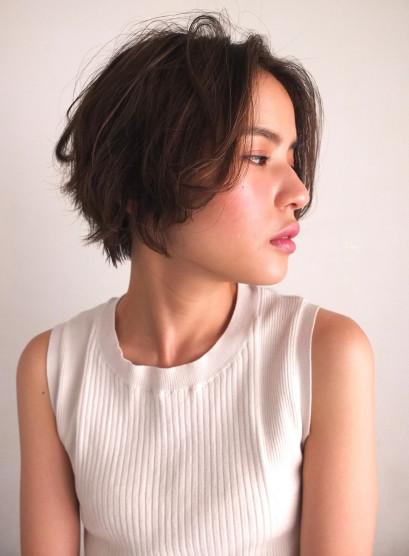 ノーバングショート(髪型ショートヘア)