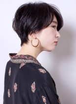 シルエットの綺麗な大人ショートヘア(髪型ショートヘア)