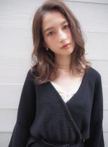 透明感◎グレージュカラー(髪型セミロング)