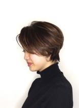大人のクールショート(髪型ショートヘア)