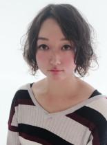 外国人風ゆるふわパーマスタイル(髪型ボブ)