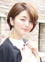 30代〜の前下がりショートボブ(髪型ショートヘア)