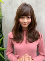 厚めバングのルーズミディ(髪型セミロング)
