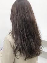 ハイライトアッシュベージュ(髪型ロング)