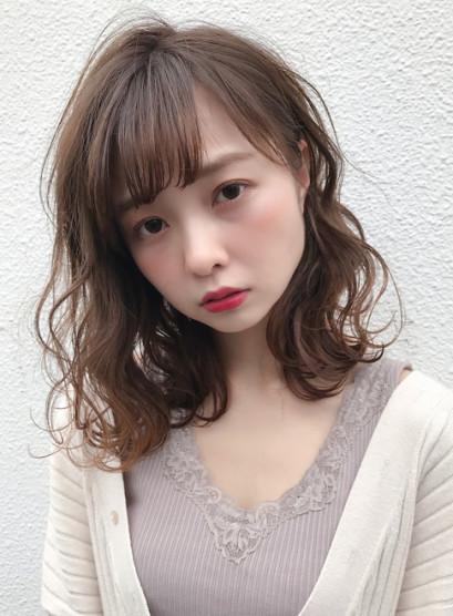 ゆるふわミルクティーベージュ(髪型ミディアム)