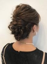 華やかアップスタイル(髪型セミロング)