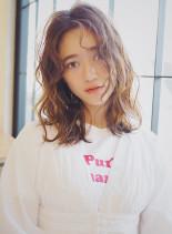 ルーズウェーブパーマ×3Dカラー×立体感(髪型ミディアム)
