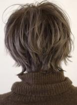 ウルフショート(髪型ショートヘア)