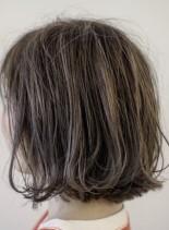 外ハネハイライトボブ(髪型ボブ)