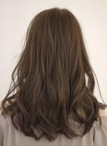 コンサバセミディ(髪型セミロング)