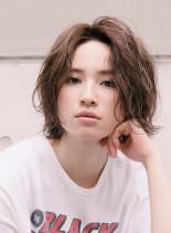 2018トレンドのラフウェーブボブ(髪型ボブ)