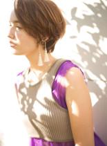前下がりのオシャレショート(髪型ショートヘア)