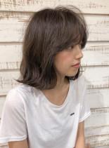 大人のシースルーミディアム(髪型ミディアム)