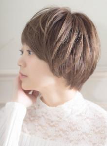 【30代】大人可愛い小顔ショート(ビューティーナビ)
