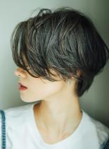 前髪長めハンサムレディショート(髪型ショートヘア)